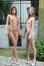 W4B-Abby&Maria-002-20120830