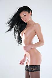 W4B-Alicia-001-20140413-casting