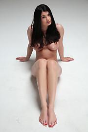 W4B-Lucy-001-20140205-casting